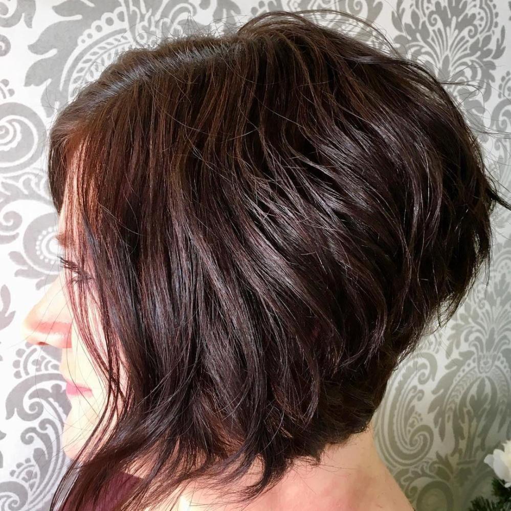Layered Angled Bob For Wavy Hair Wavy Haircuts And Styles