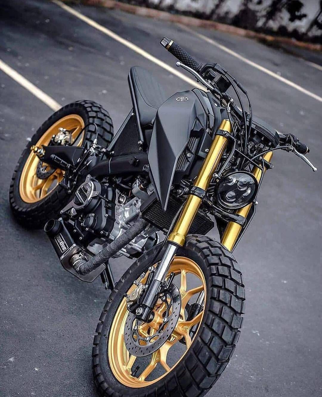 9 970 Likes 35 Comments Cafe Racers Customs Bikes Kaferacers On Instagram Everyone Loves A Great Ride Like This Well We Do Don 39 T You Motorcycle