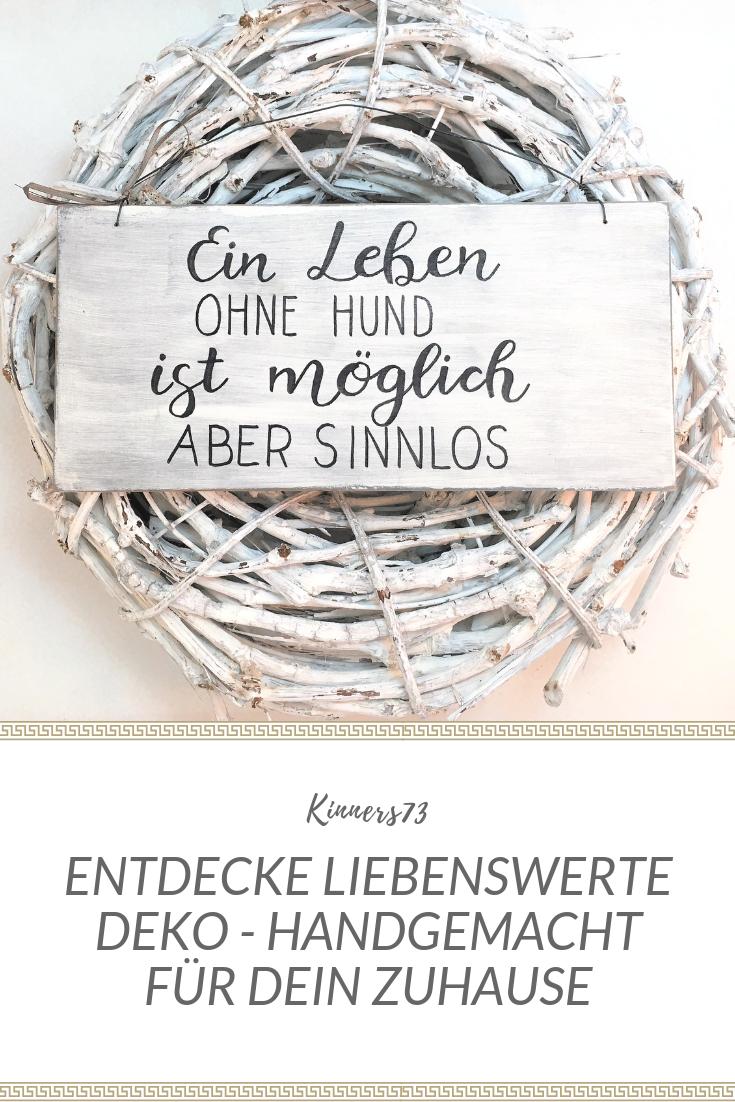 """Das Holzschild """"Ein Leben ohne Hund…"""" ist 14 x 30 x 1 cm ..."""