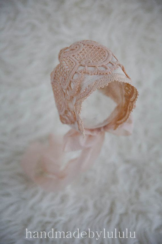 baby bonnet, simply from vintage lace and cotton, newborn Photo prop, baby hat, vintage girl