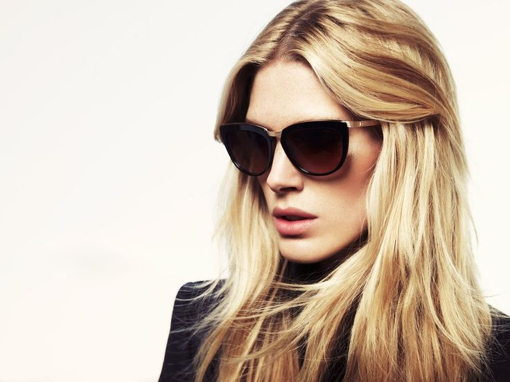 Iselin Steiro in ESCADA sunglasses