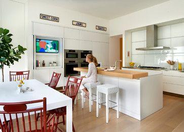Ambassador Residence Contemporary Kitchen Chicago By Wheeler Kearns Architects Contemporary Kitchen Tv In Kitchen Modern Kitchen
