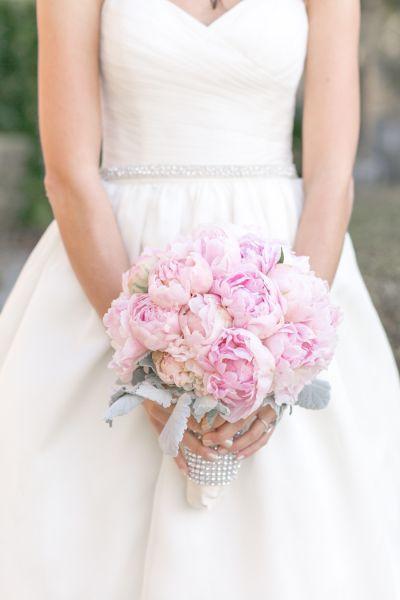 The 25 Prettiest Peony Bouquets Flower Bouquet Wedding Wedding Peonies Bouquet