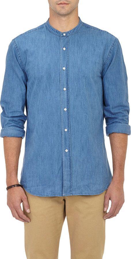 68263e2c0365f Pin de Lookastic em Chambray Shirts