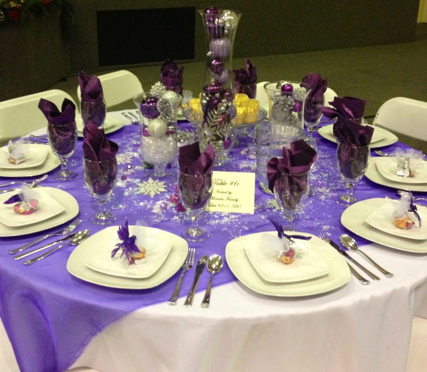 Purple And Silver Christmas Table Settings Purple Table Settings Wedding Table Settings Table Settings