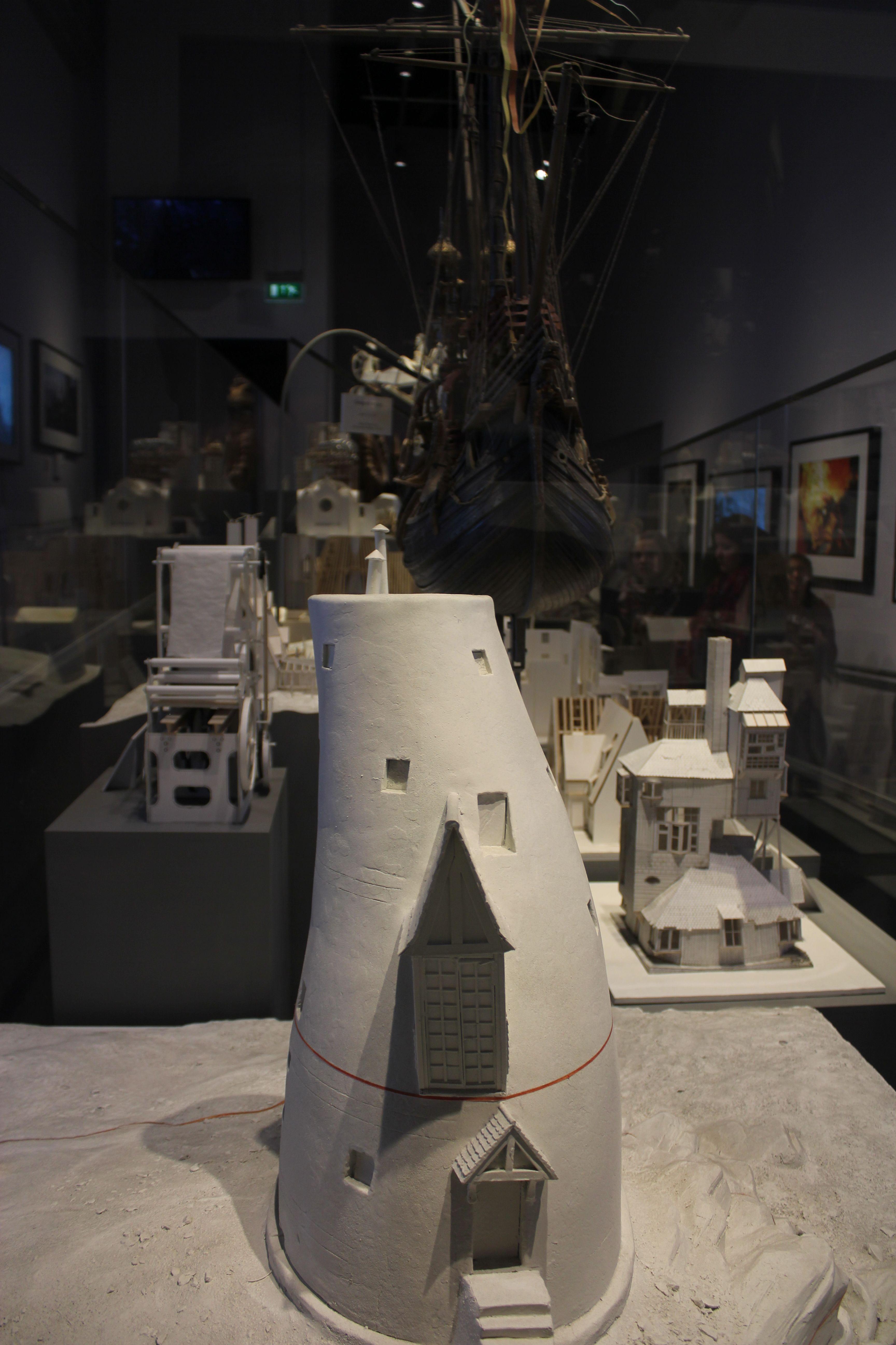 Cardboard scale models art design harry potter studios