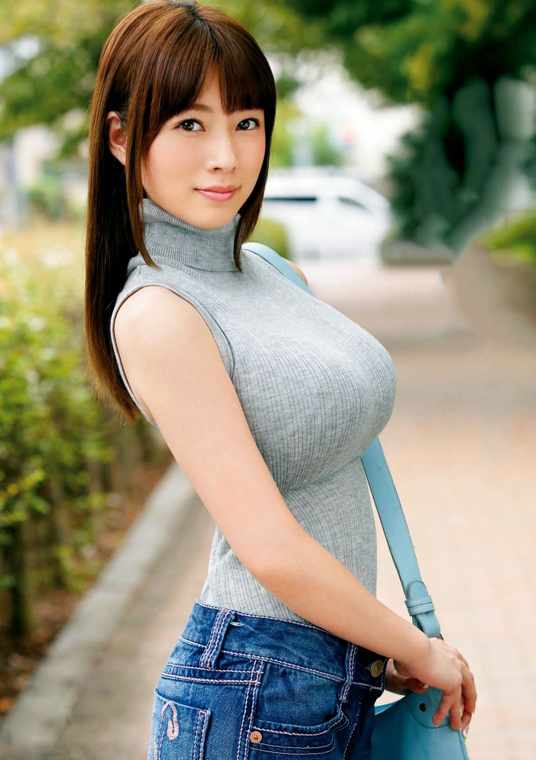 Tight t shirt japanese coworker