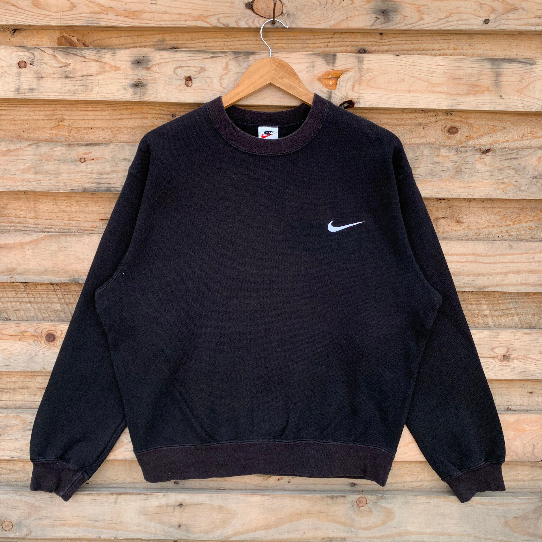 Vintage 90 S Nike Sweatshirt Nike Crewneck Nike Pullover Etsy In 2020 Vintage Nike Sweatshirt Nike Sweatshirts Nike Pullover