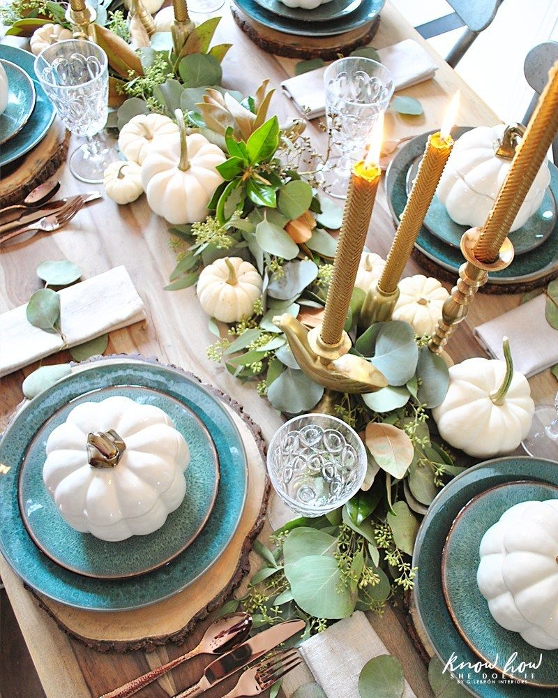 Natural green Thanksgiving table setting #thanksgivingtablesettings