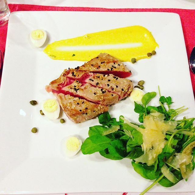 #food #foodpic #instafood #yummy #gnam #foodporn #foodie #fashionfood #foodblog #foodlovers #ilovefood #delicious #foodgasm #cooking #hungry #foodpic #foodlove #cibo #quaileggs #tataki #tunatataki #tuna #tonno #chaweng #dinner #kohsamui #likeforlike #instalike by ariannal926