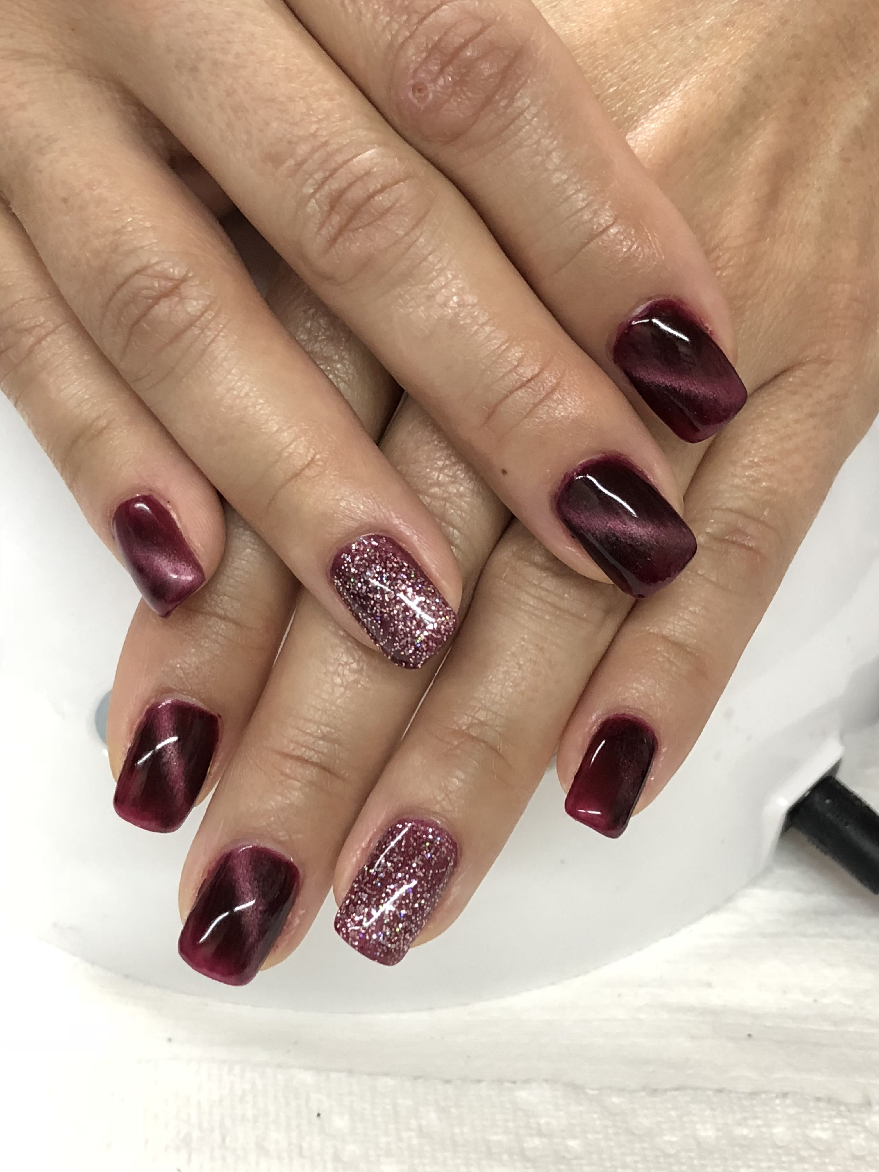 Burgundy Magnetic Fall Glitter Gel Nails Glitter Gel Nails Fall
