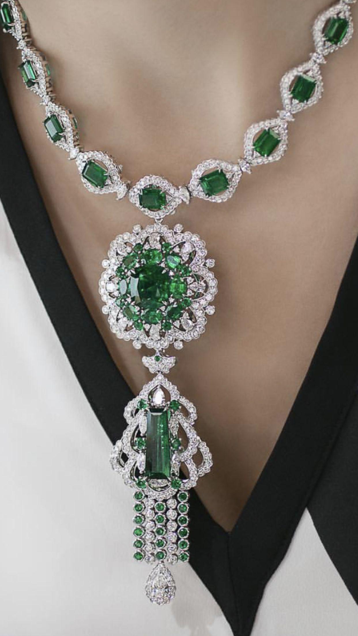 7e4cd080177c8 Pin by Hana on Jewllery in 2019   Jewelry, Gems jewelry, Emerald jewelry