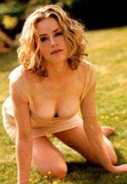 Elisabeth shue playboy nude images 490