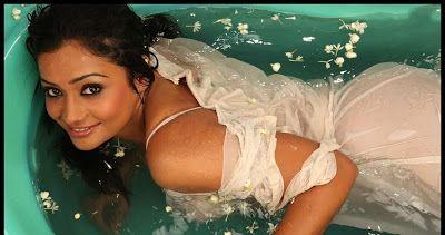 Www Actresshotphotos In 2013 03 Meera
