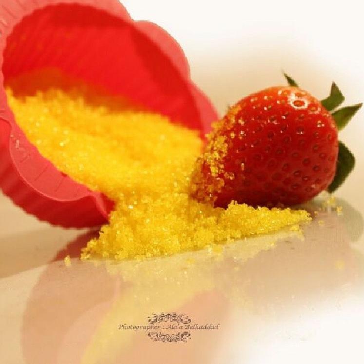 متجر السكر سكر ملون وسكر نكهات وسكر غزل البنات وسكر الأعراس والحفلات Food Strawberry Fruit