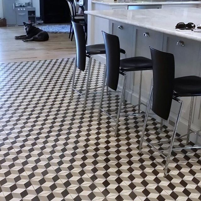 Wish We Were Going Home To This Lovely Kitchen Today Thank You Robert F Henry Tile Company Encaustictiles Cementtiles Tiles Design Tiledesign