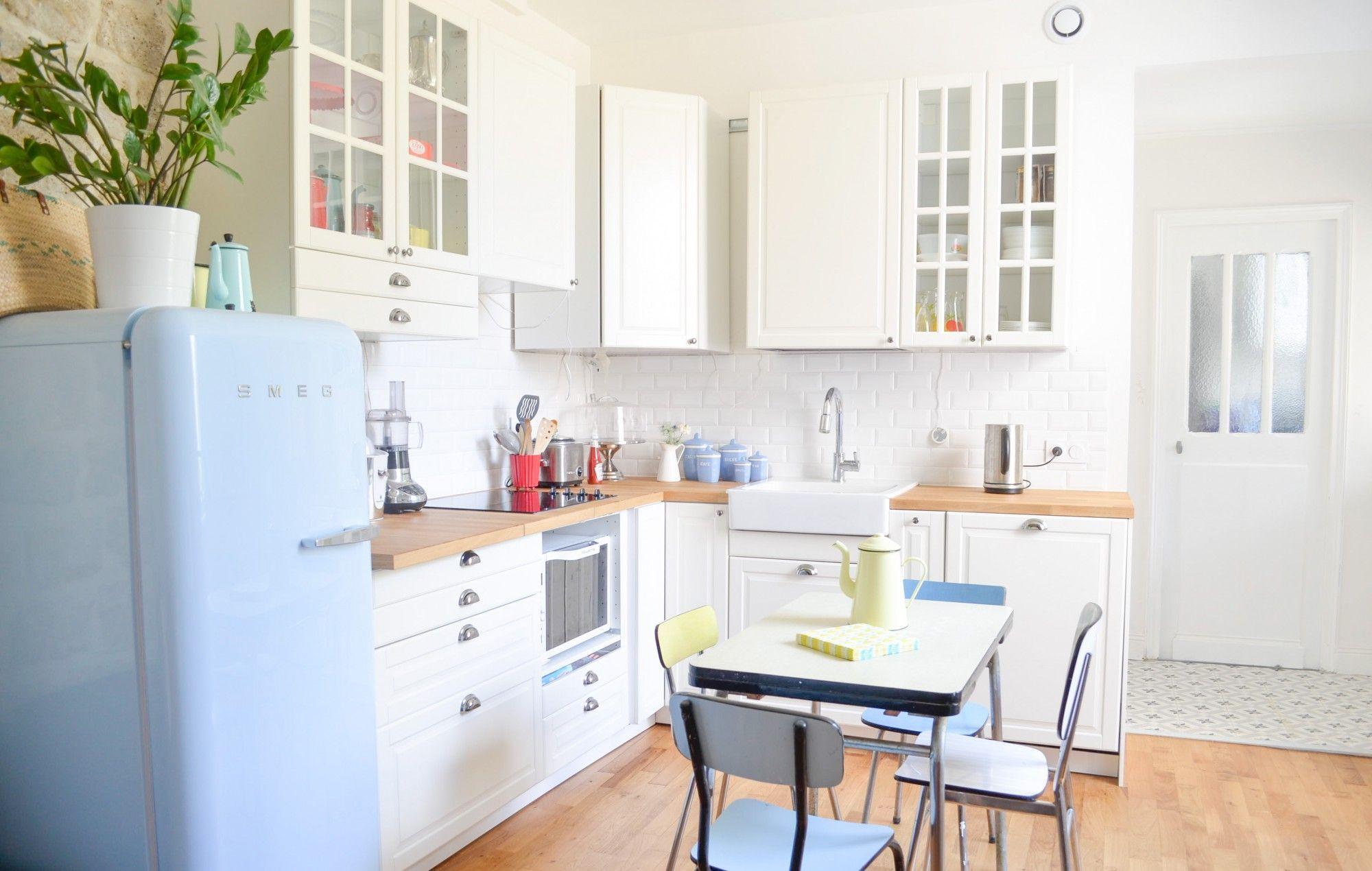 Cuisine Ikea Metod Bodbyn Montage Smeg Bleu Ciel Placard D Angle Egouttoir Formica Kitchen Design Decor Kitchen Decor Country Kitchen Decor