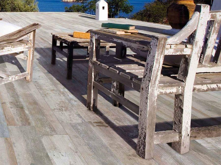 Le carrelage 16,5x100 Shabby de Sil Ceramiche est un parquet sous - photo terrasse carrelage gris