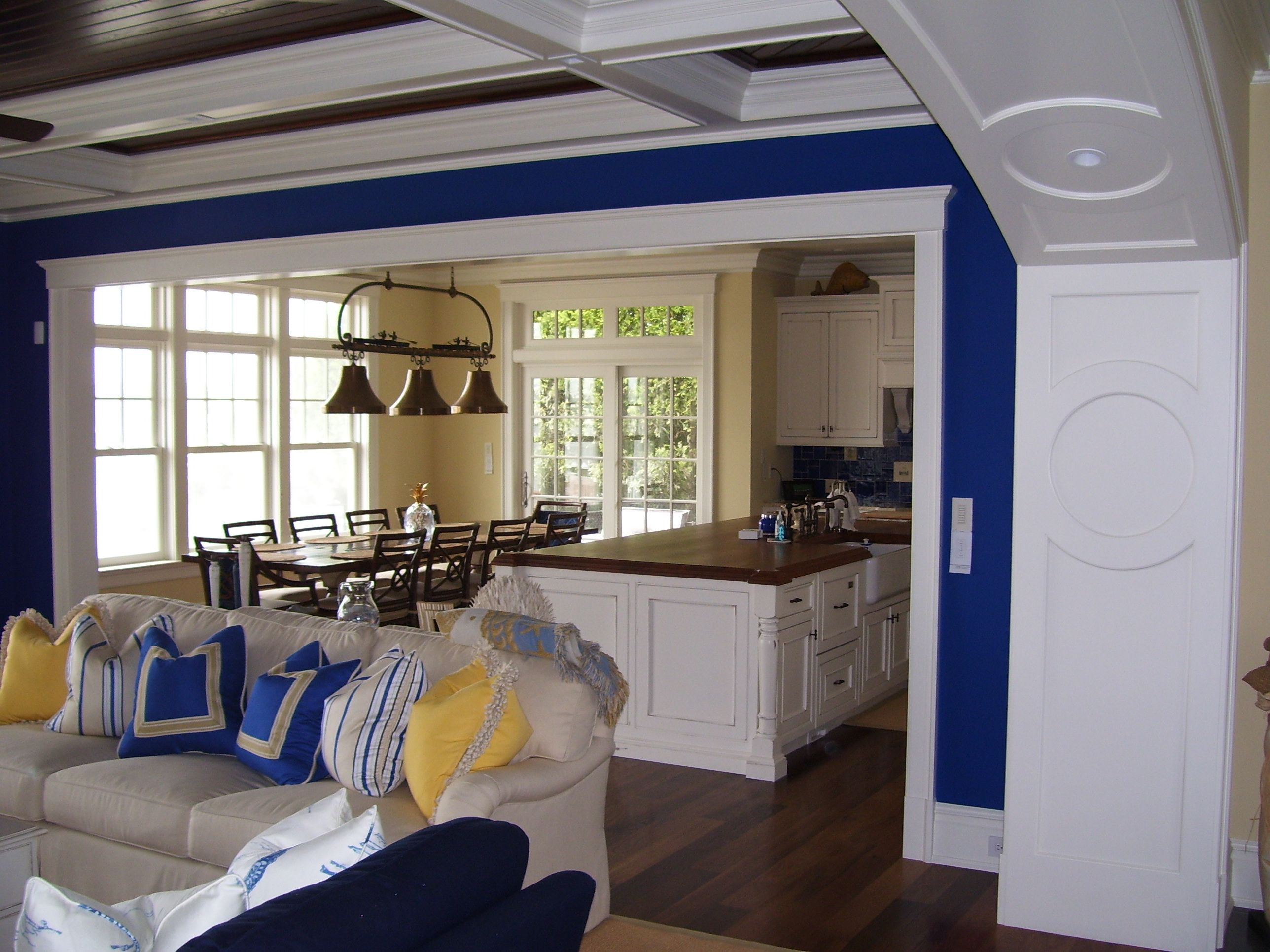 Beach House Look with Classic Royal Blue Paint to contrast ...