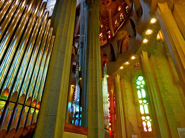 La Sagrada Familia La Plus Abracadabrante œuvre D Art D Antoni Gaudí Les Bons Plans De Barcelone Sagrada Familia Barcelone Plan De Barcelone