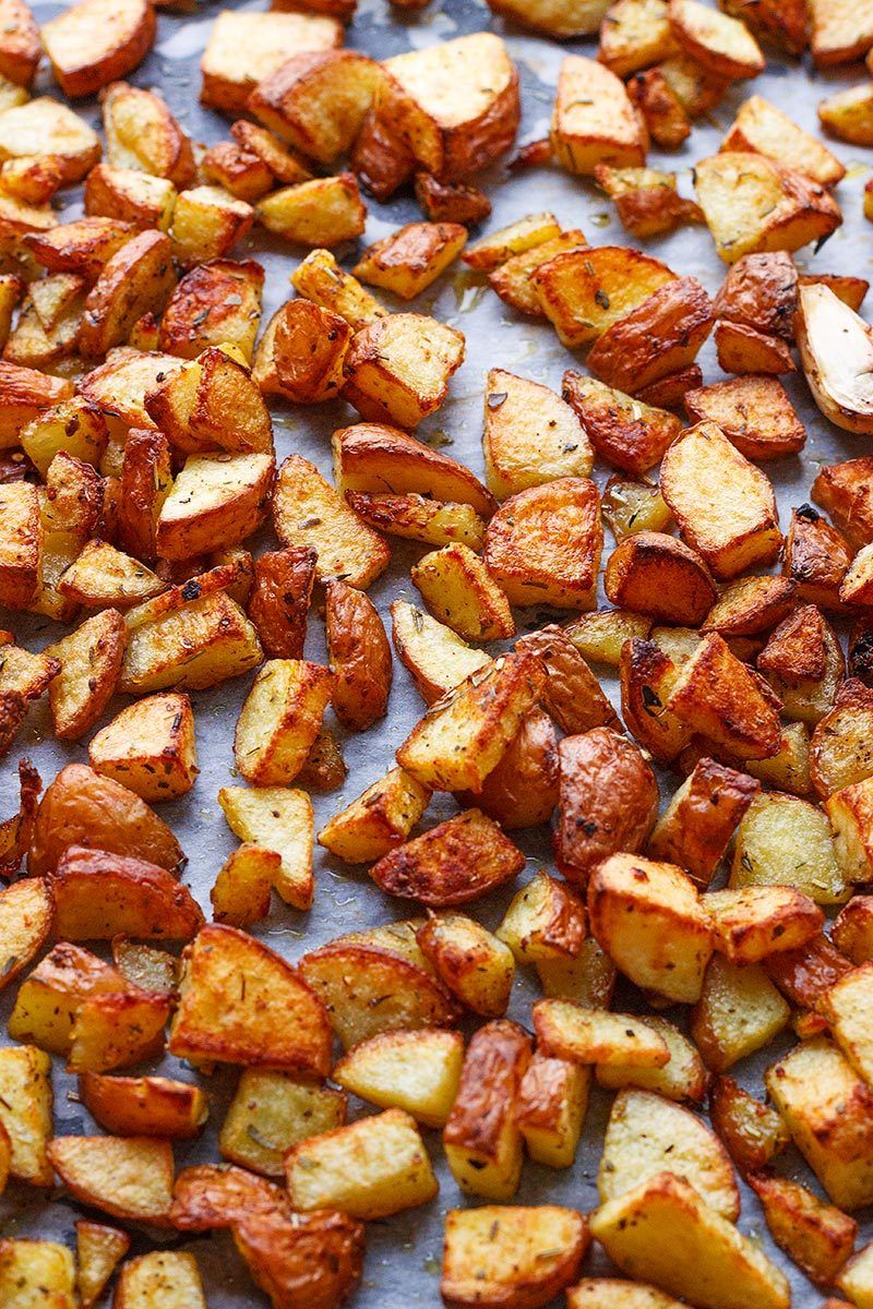 Garlic Cajun Roasted Potatoes #cajundishes