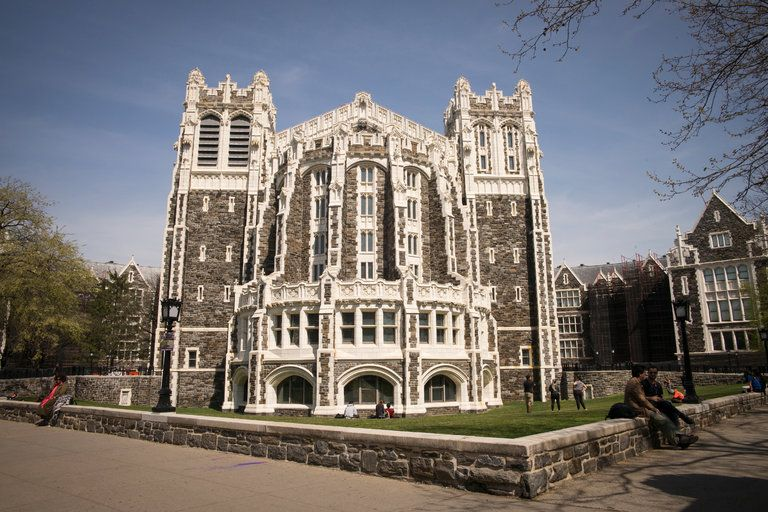 Shepard Hall City College Of New York Nyc Cuny Photo Angel Franco Nyt Flotus Michelle Obama Is To Deliver A Commencement A City College College Years College