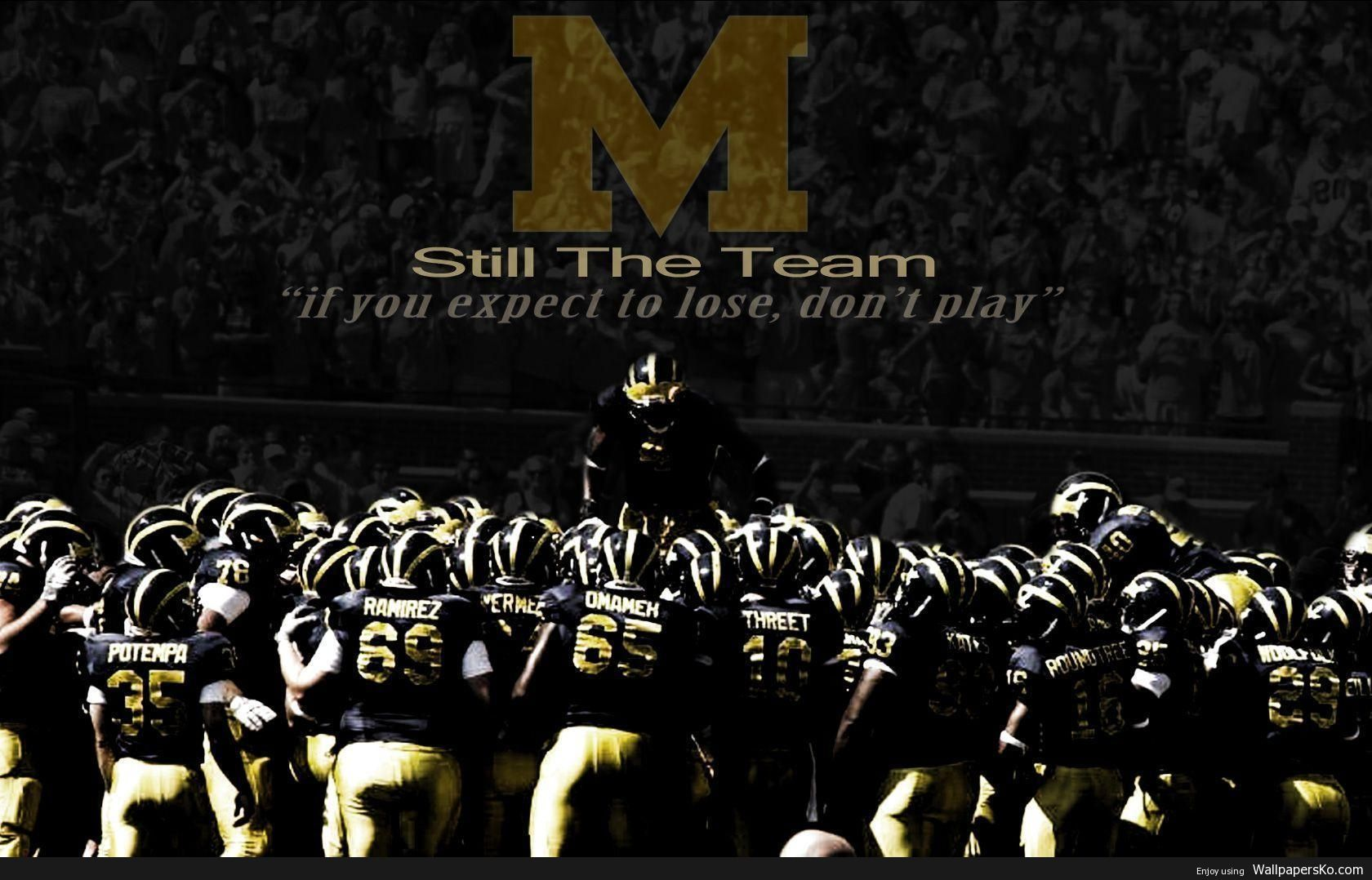 Michigan Football Wallpaper Http Wallpapersko Com Michigan Football Wallpaper Html Hd Wall Michigan Football Michigan Go Blue Michigan Wolverines Football