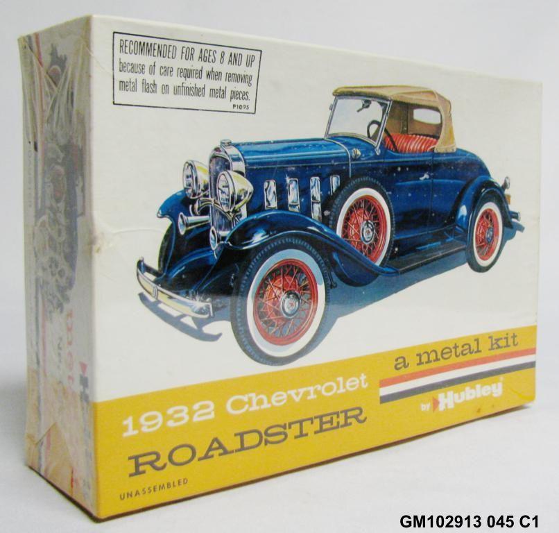 Vintage Hubley 1932 Chevrolet Roadster Metal Model Car Kit 4862
