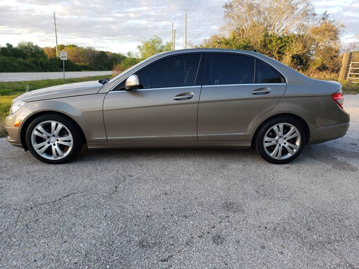 Used 2009 Mercedes Benz C Class C300 4matic Luxury Sedan For Sale