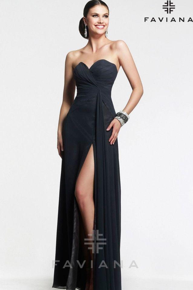 Modelo vestido largo
