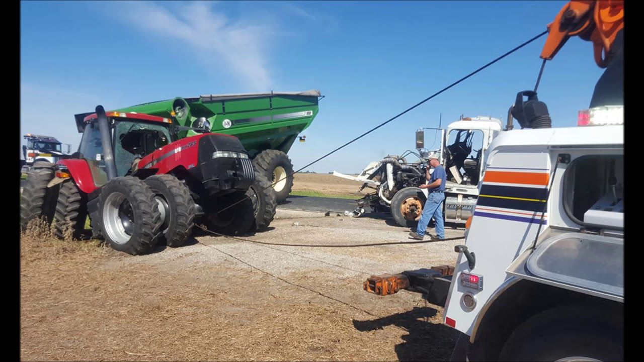 Tractor Towing Services in Omaha NE Council Bluffs IA