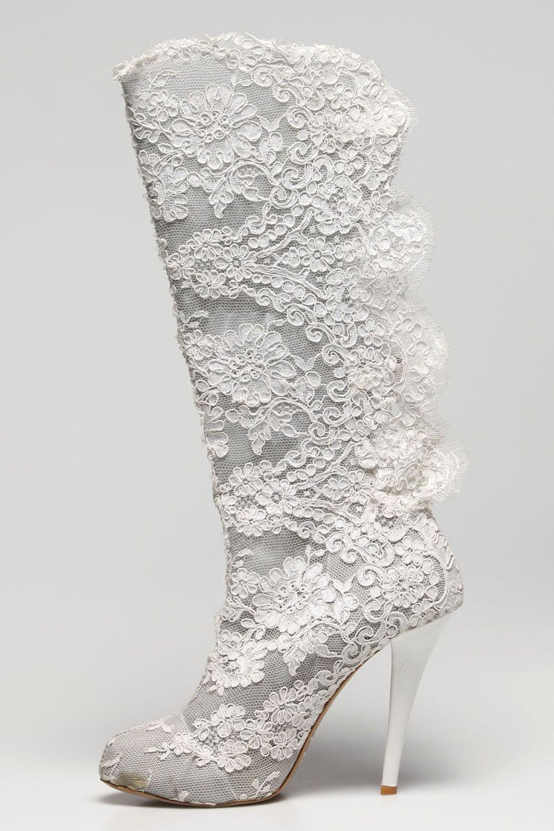 Glamorous & Gorgeous lace wedding boot for the cowgirl bride ...
