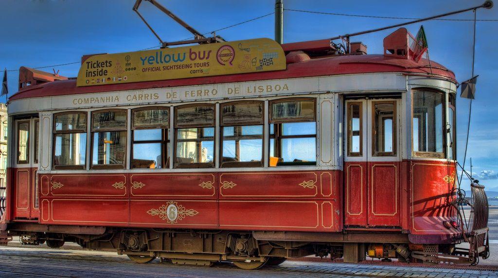 Eléctrico, Lisboa, Praça do Comercio, Portugal
