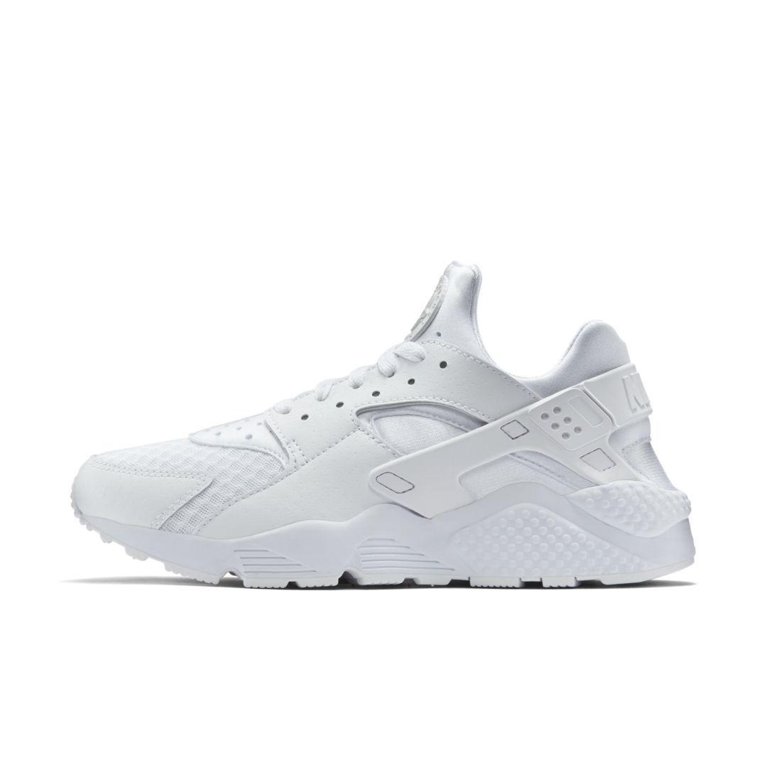 size 40 f1a50 e60e3 Nike Air Huarache Men s Shoe Size 9 (White)