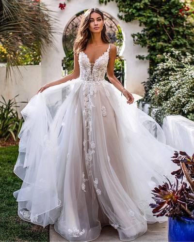 Luxury Wedding Dresses Lace V Neck Wedding Dresses A Line Bridal Dresses Lv1239 Lavidress Online A Line Wedding Dress Backless Wedding Tulle Wedding Dress