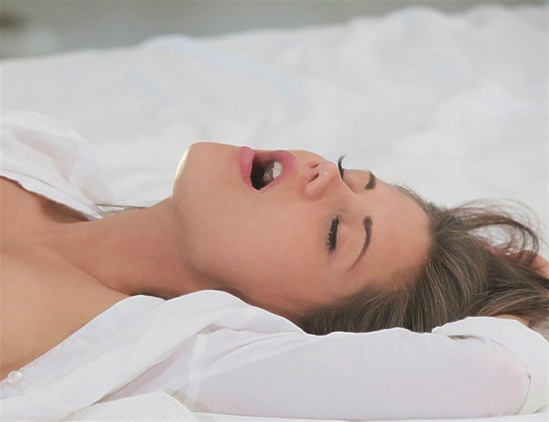Salma hayek boob video
