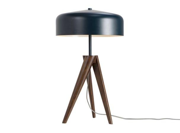 Madison Lampe De Table Bleu Marine Et Bois Fonce Lampes De Table Luminaire Lampe De Table Design