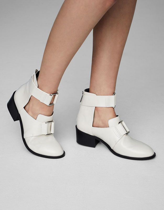 Weiß fashion ankle Stiefel Schuhes New Woman PULL&BEAR PULL&BEAR PULL&BEAR ... 80141a