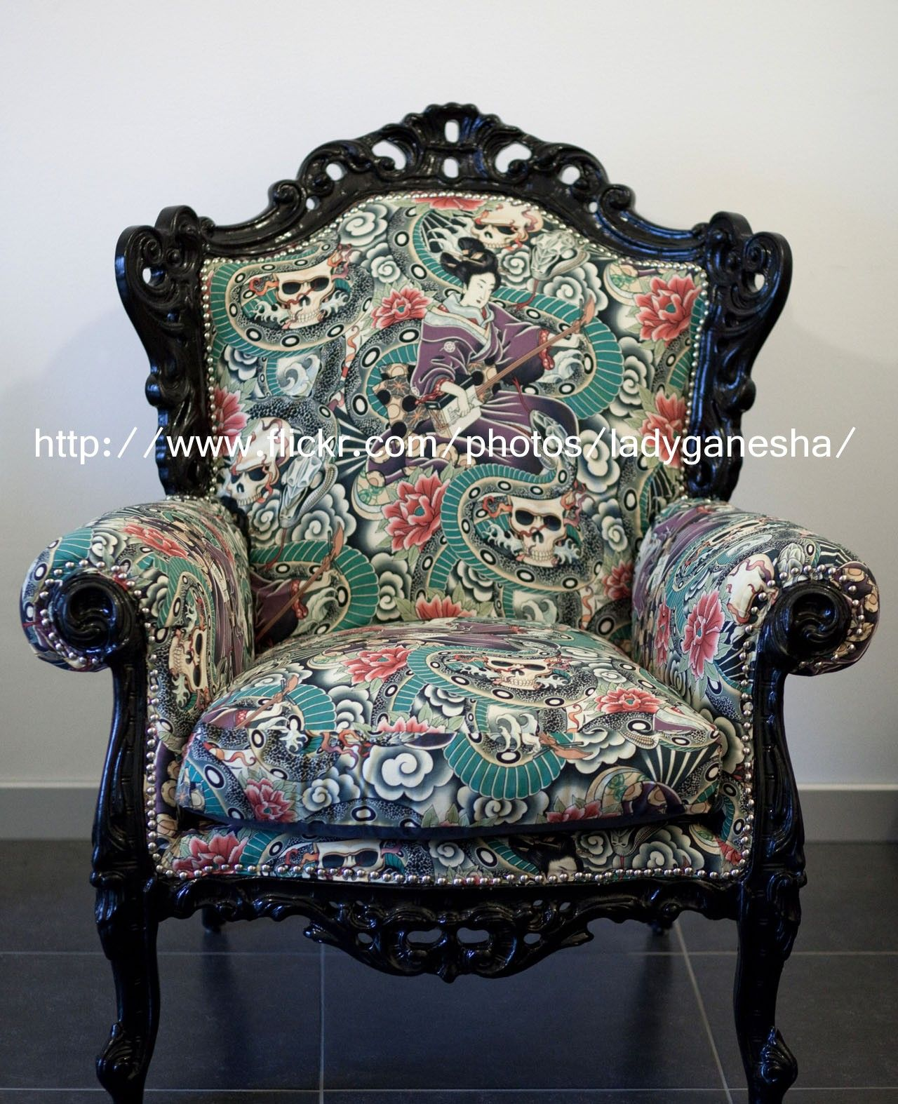 Black Skull Chair Plantation Style Chairs Extreme Makeover Barock Poltrona Zomg I Want To