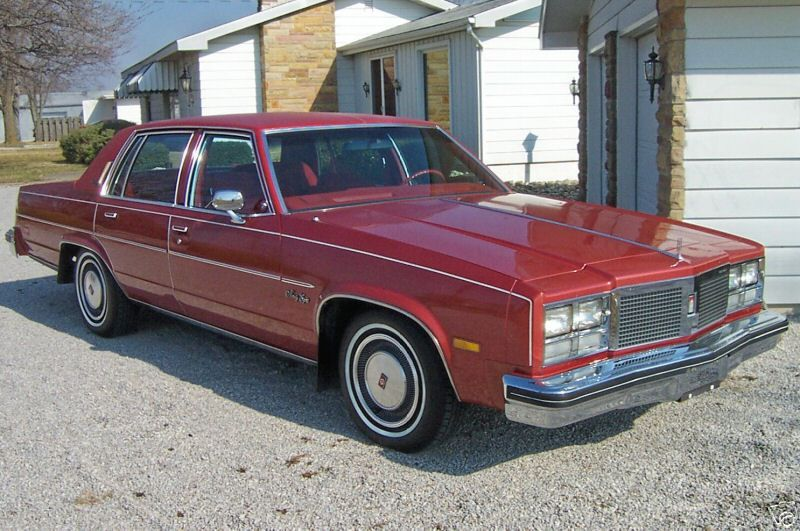 1977 Olds 98 Regency Oldsmobile Sedan Pontiac