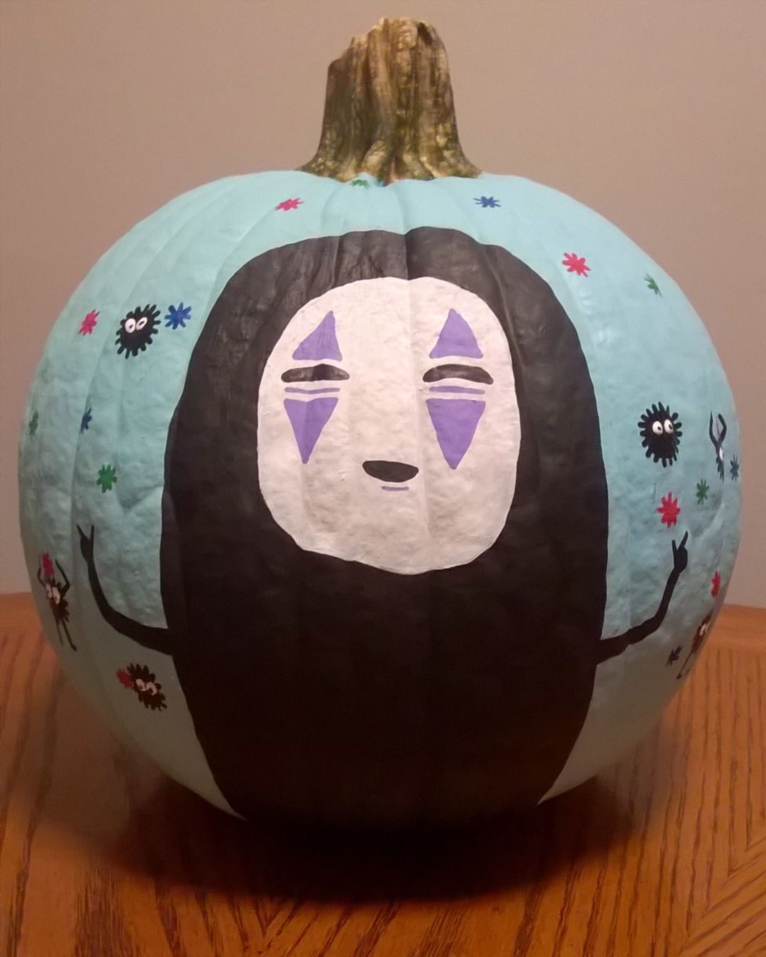No Face Painted Pumpkin From Spirited Away Decorating With Studio Ghibli Is A Great Choice F Pumpkin Halloween Decorations Painted Pumpkins Pumpkin Decorating
