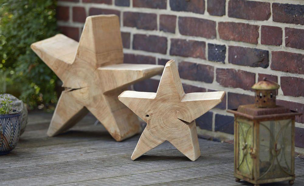 Kettensagenkunst Ein Holzstern Aus Dem Baumstamm Holzsterne Weihnachten Holz Baumstamm
