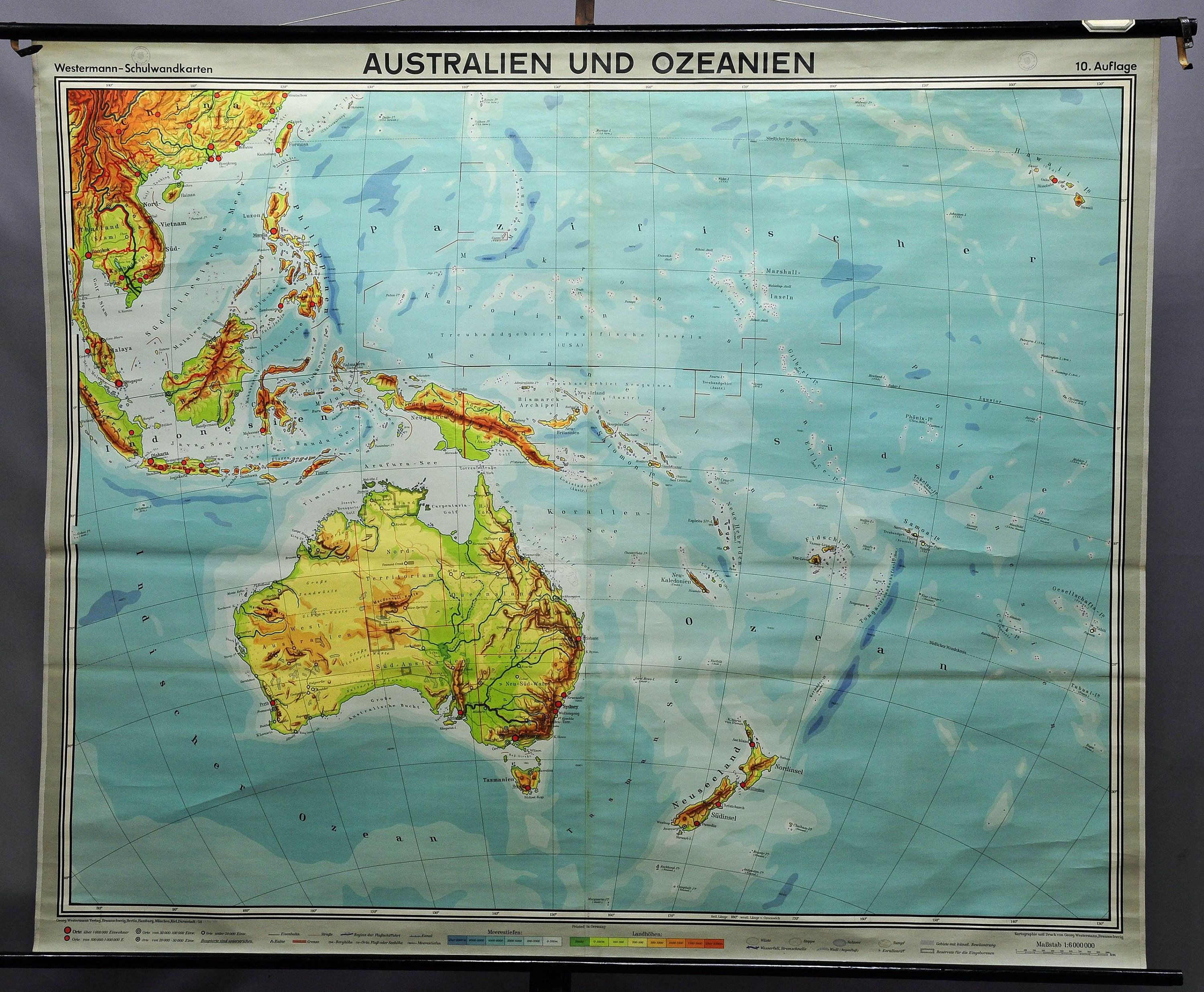 geographical school wall chart map Australia and