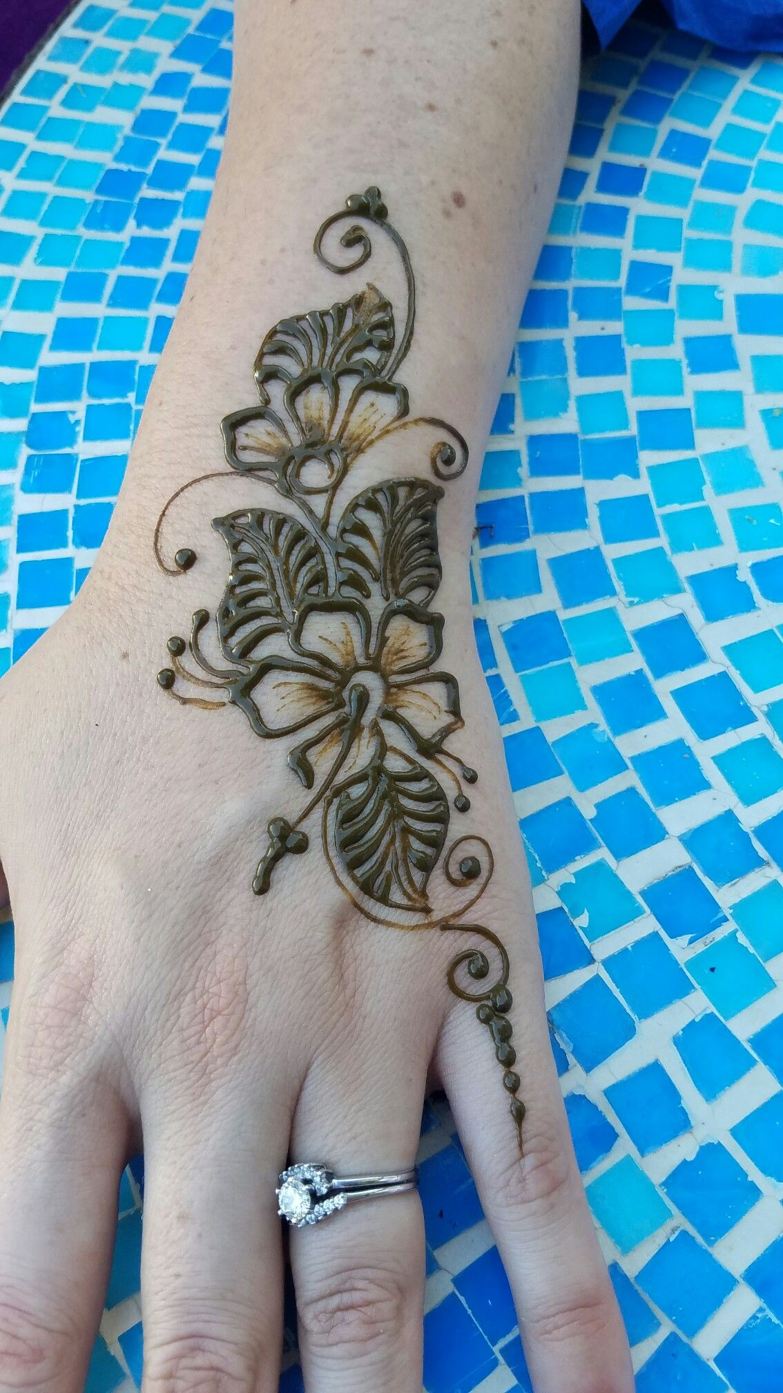 Henna artist in San Diego | henna design | Henna tattoo designs ...