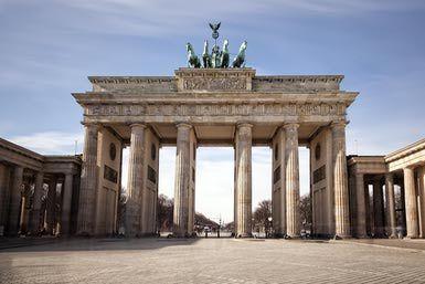 Brandenburg Gate In Berlin Brandenburg Gate Brandenburg Berlin