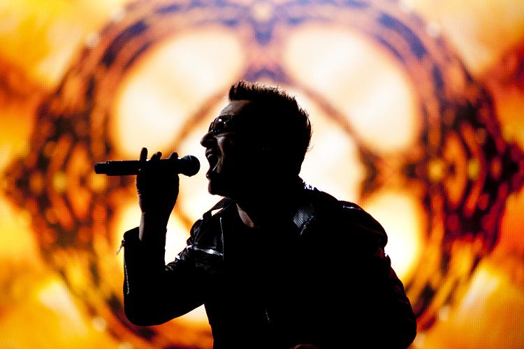 U2 - Glastonbury Festival III by contains-mild-peril on DeviantArt