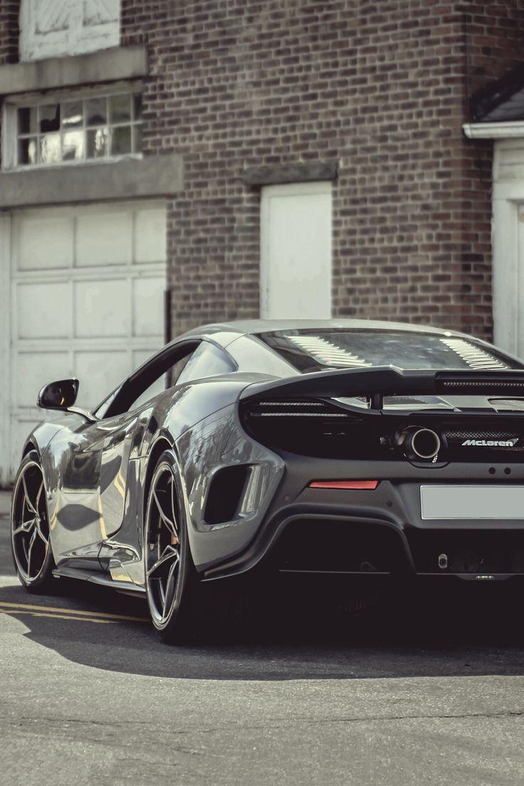 McLaren 676LT