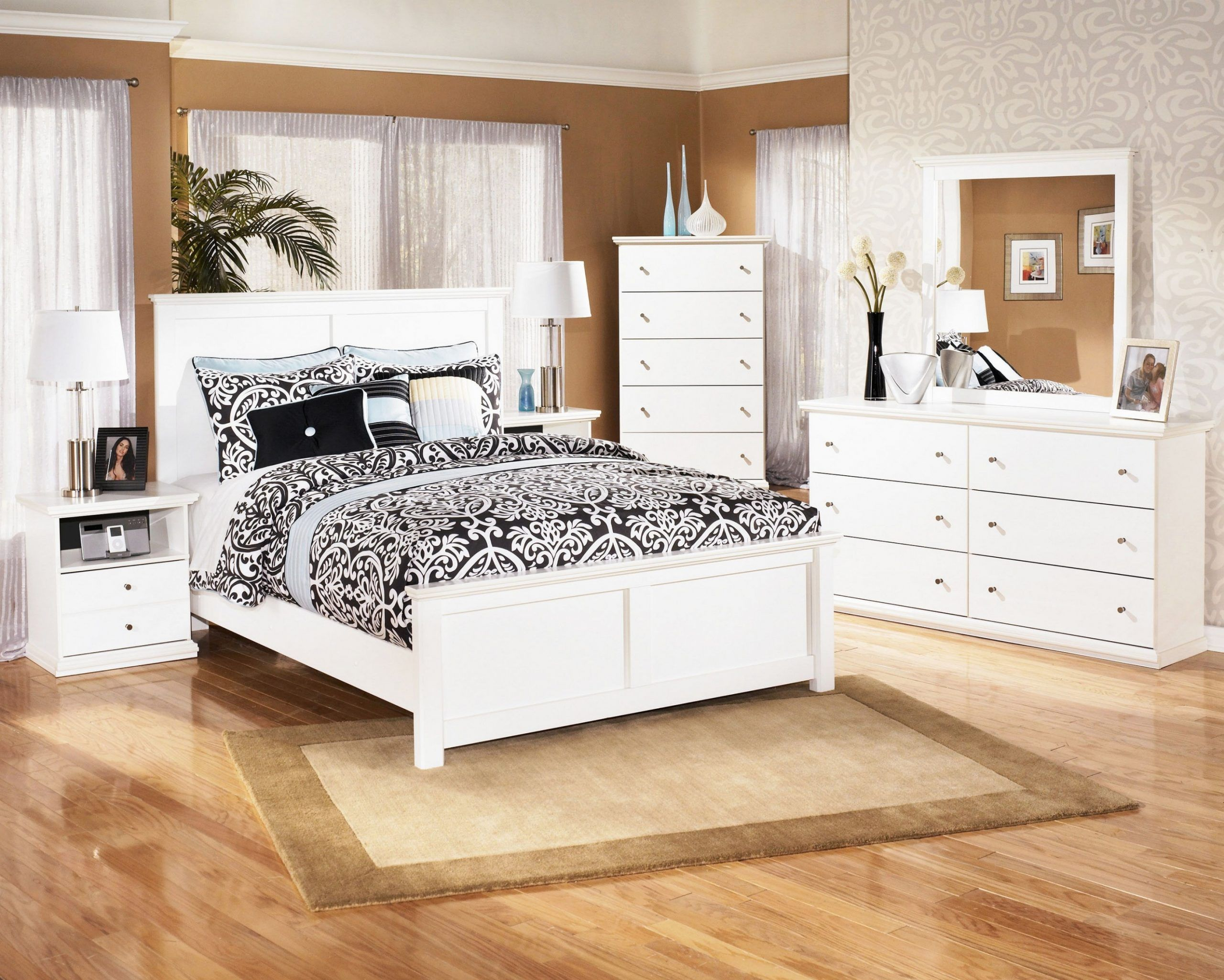 Why Is White Wooden Bedroom Furniture Considered Underrated? in