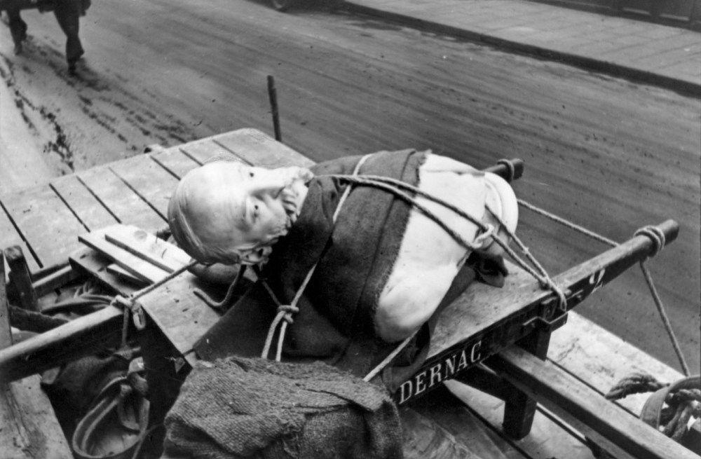 Henri Cartier-Bresson :: Paris, 1932