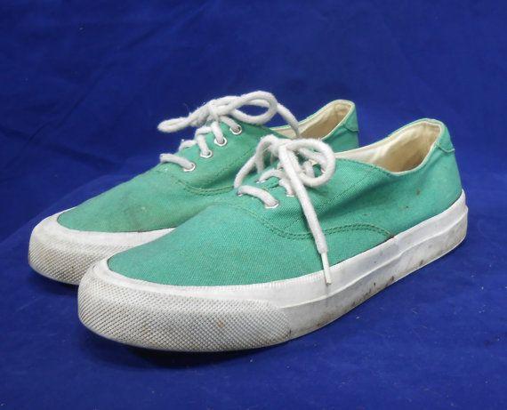 Eddie Bauer Canvas Sneakers